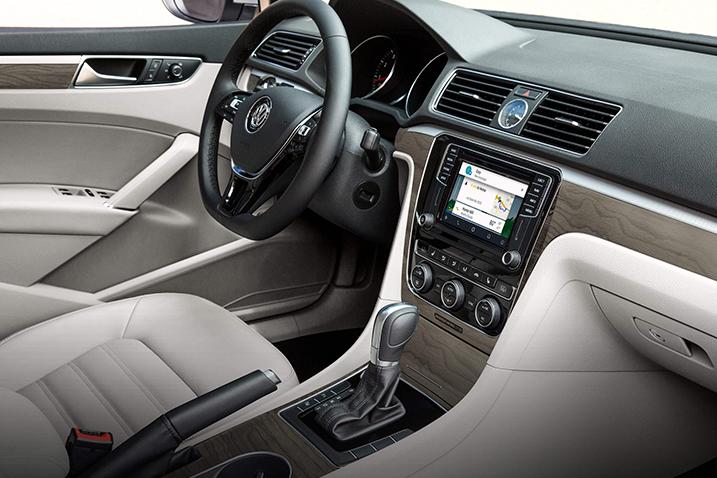 Volkswagen-Passat-interior-front-row.jpeg