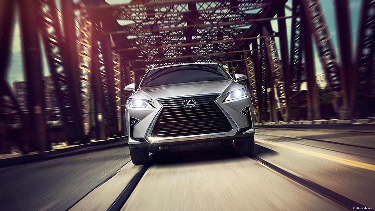 Lexus-RX-aggressive-luxury-keyfeatures-1204x677-LEXRXGMY160040.jpg