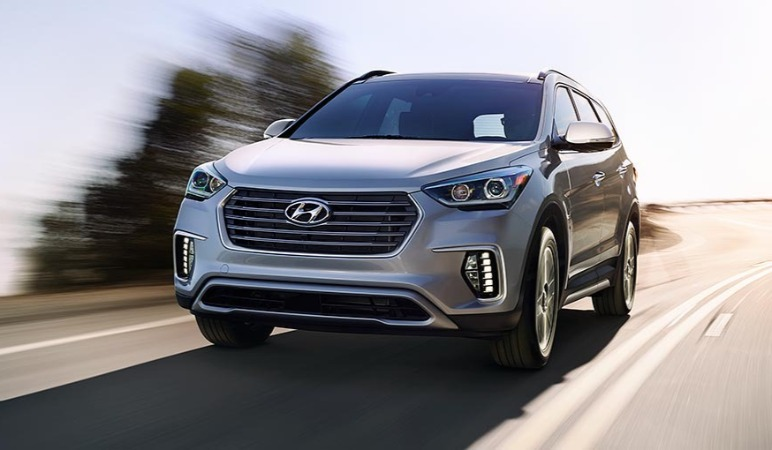 2018-santa-fe-features-specs-large-1_cOVER.jpg
