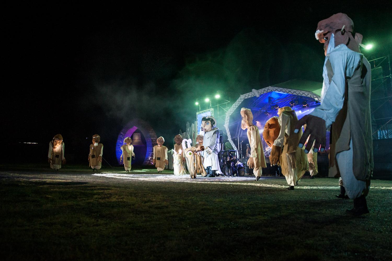 welcome-ceremony-woodord-folk-festival-cynthia-lee-photographer-10.jpg