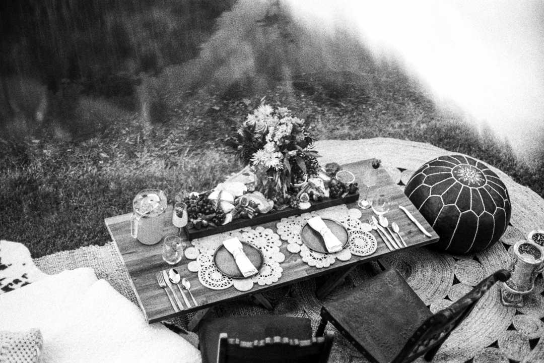 Deep Love Picnic arrangement at Maleny Botanic Gardens, Sunshine Coast Hinterland