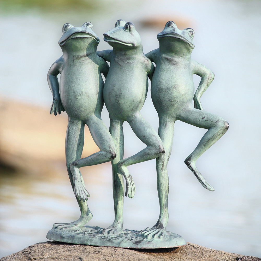 Dancing+Frog+Trio+Statue.jpg
