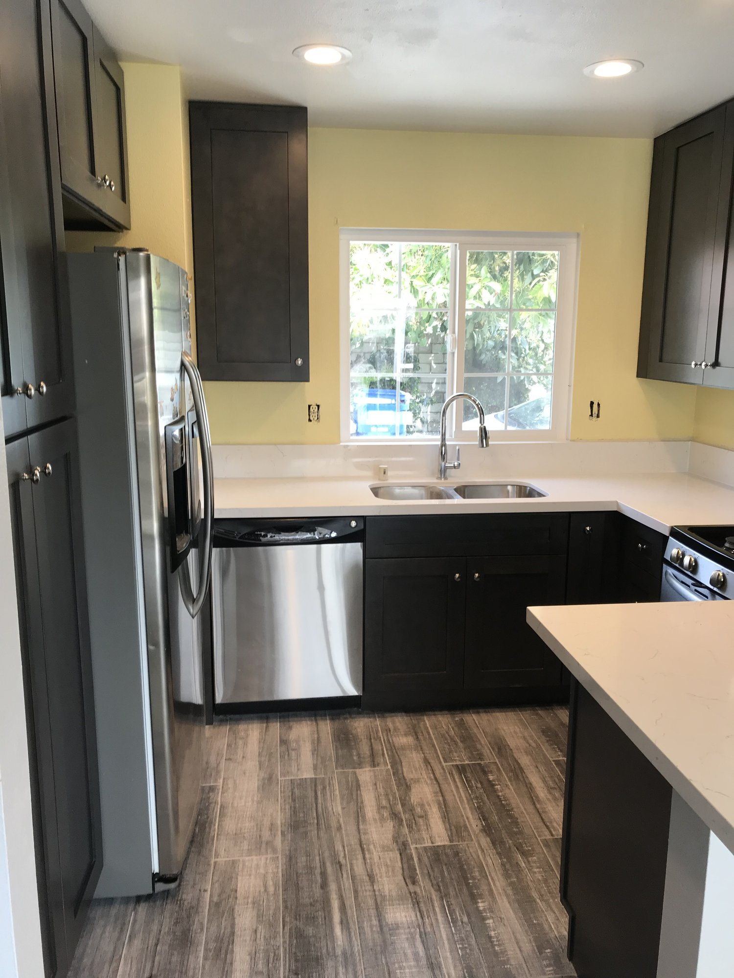 Kitchen Remodeler 101 - Tips For Remodeling A Small Kitchen ...