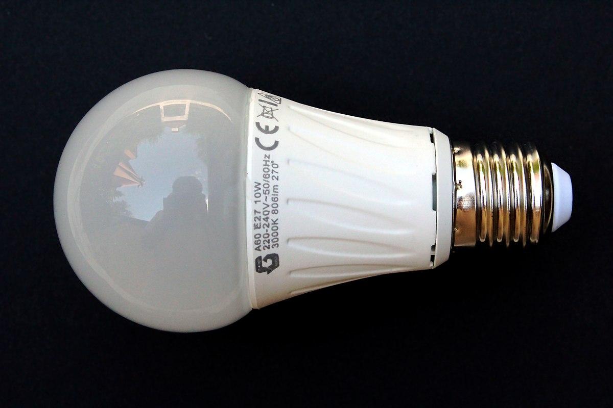 1200px-Led-lampa.jpg