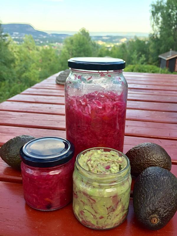 Verdens enkleste guacamole laget i en fei på hytta Utsikten :-)