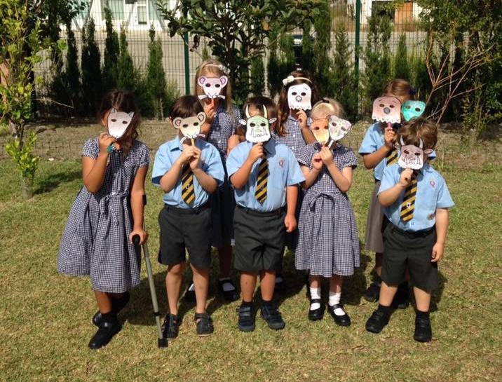 KS1 with their Gruffalo masks.