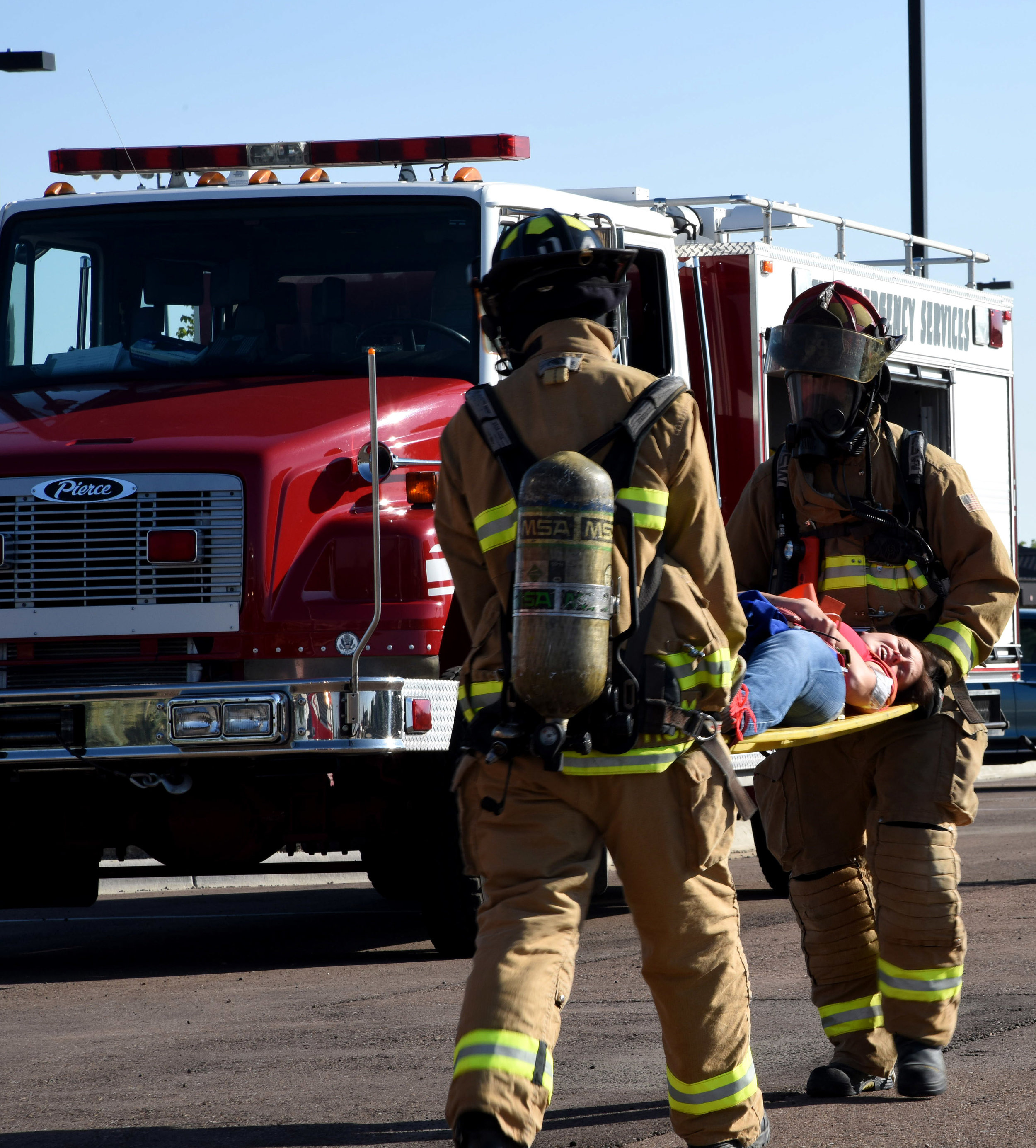 Team_Malmstrom_works_with_Montana_National_guard,_local_emergency_services_during_MARE_150810-F-GF295-037.jpg