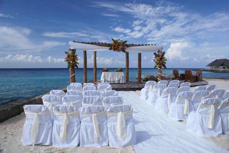 financial-planning-meets-wedding-planning.jpg