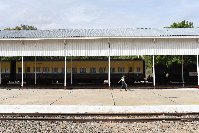 TRAIN STATION SCHOOL CHILD.jpg