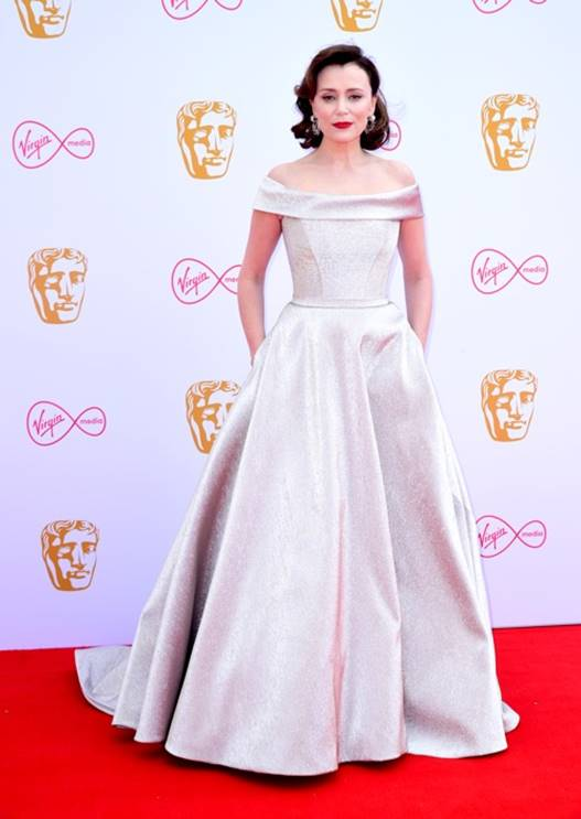 Keely Hawes in Suzanne Neville