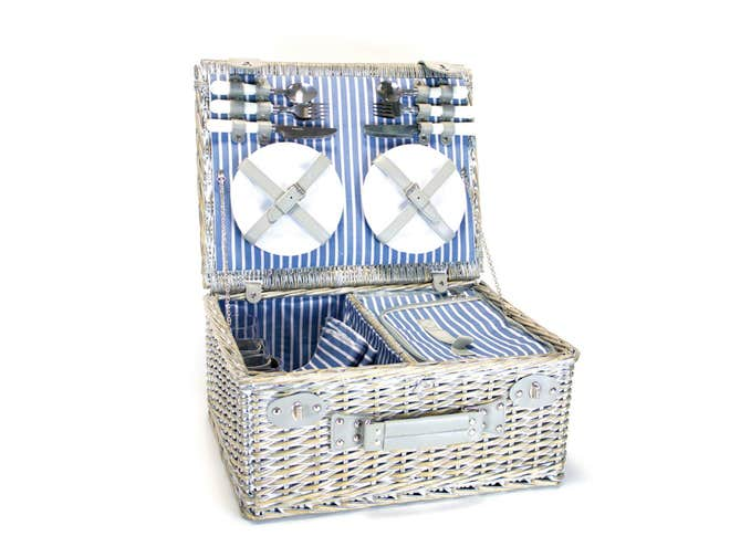 beachcrest picnic basket £31.99