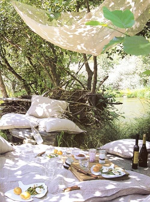 picnic scene.jpg
