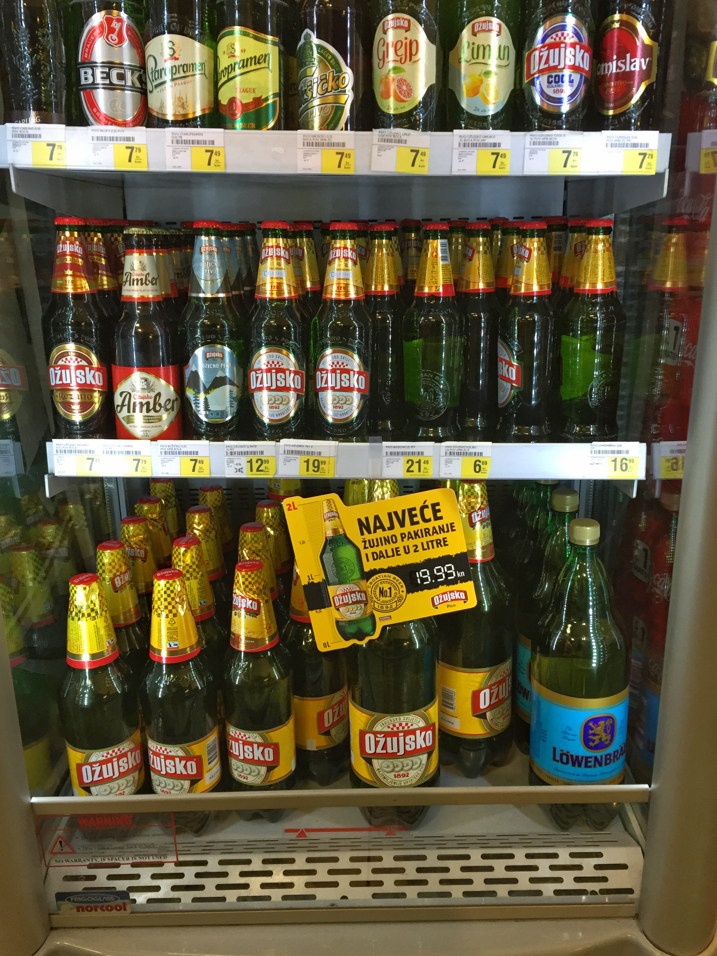 grocery stores sell beer in plastic liter bottles