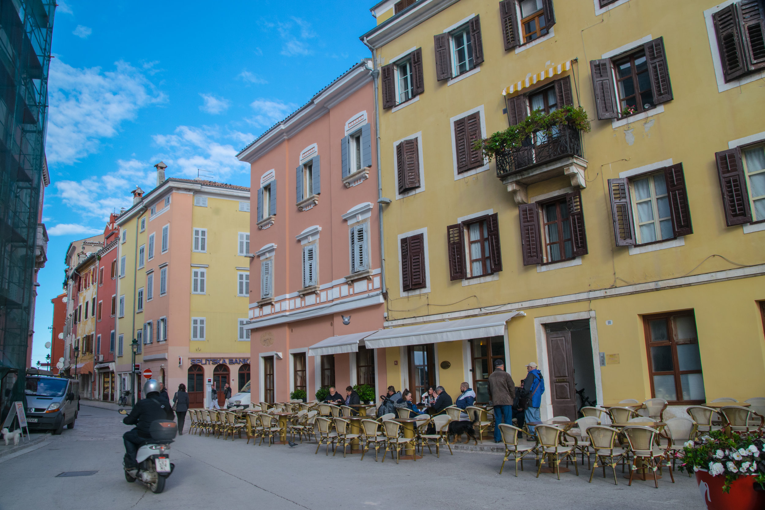 one of Rovinj's many public spaces filled with café-goers