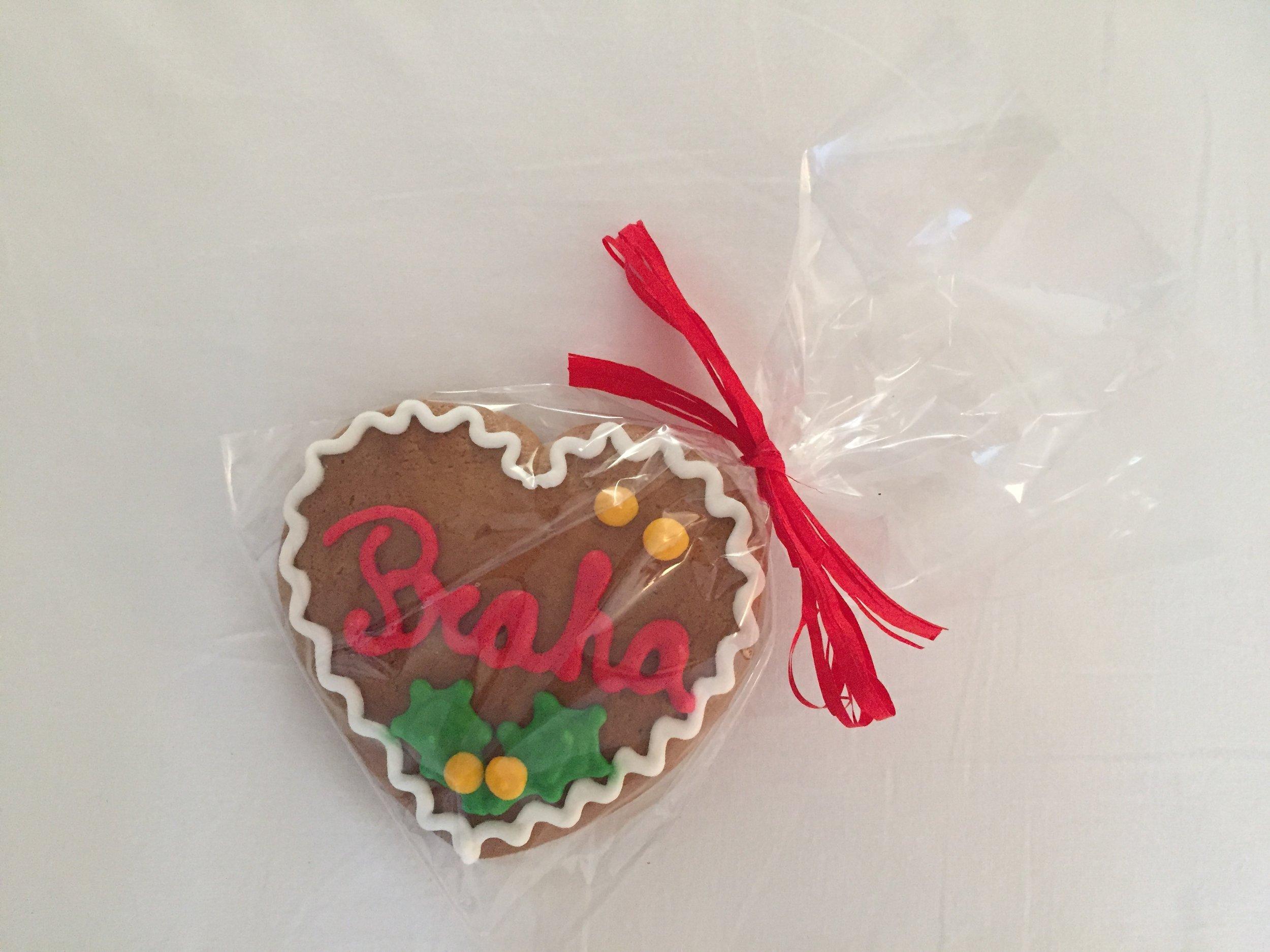 gingerbread heart (Prague, Czech Republic)