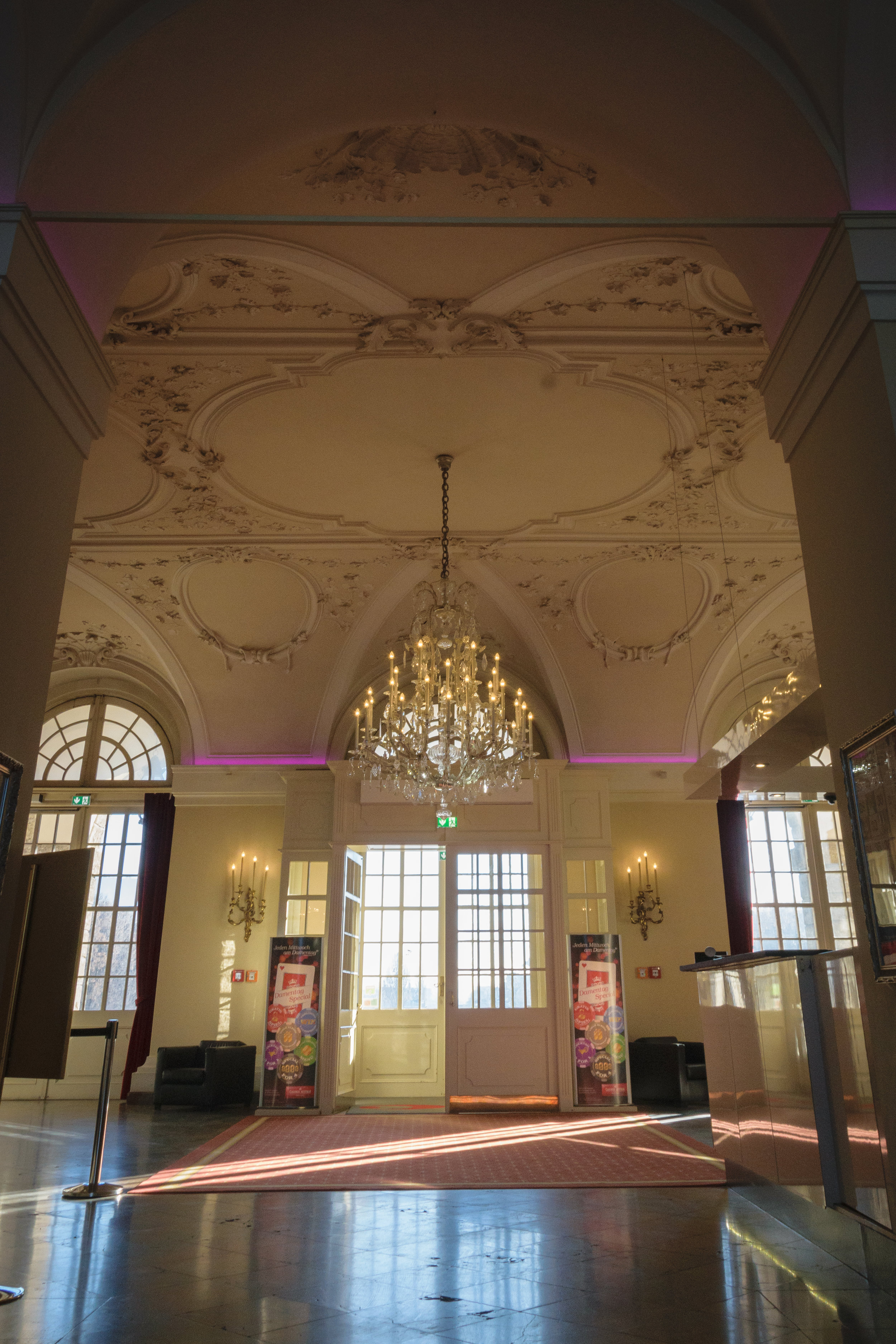 Klessheim Palace-7.jpg