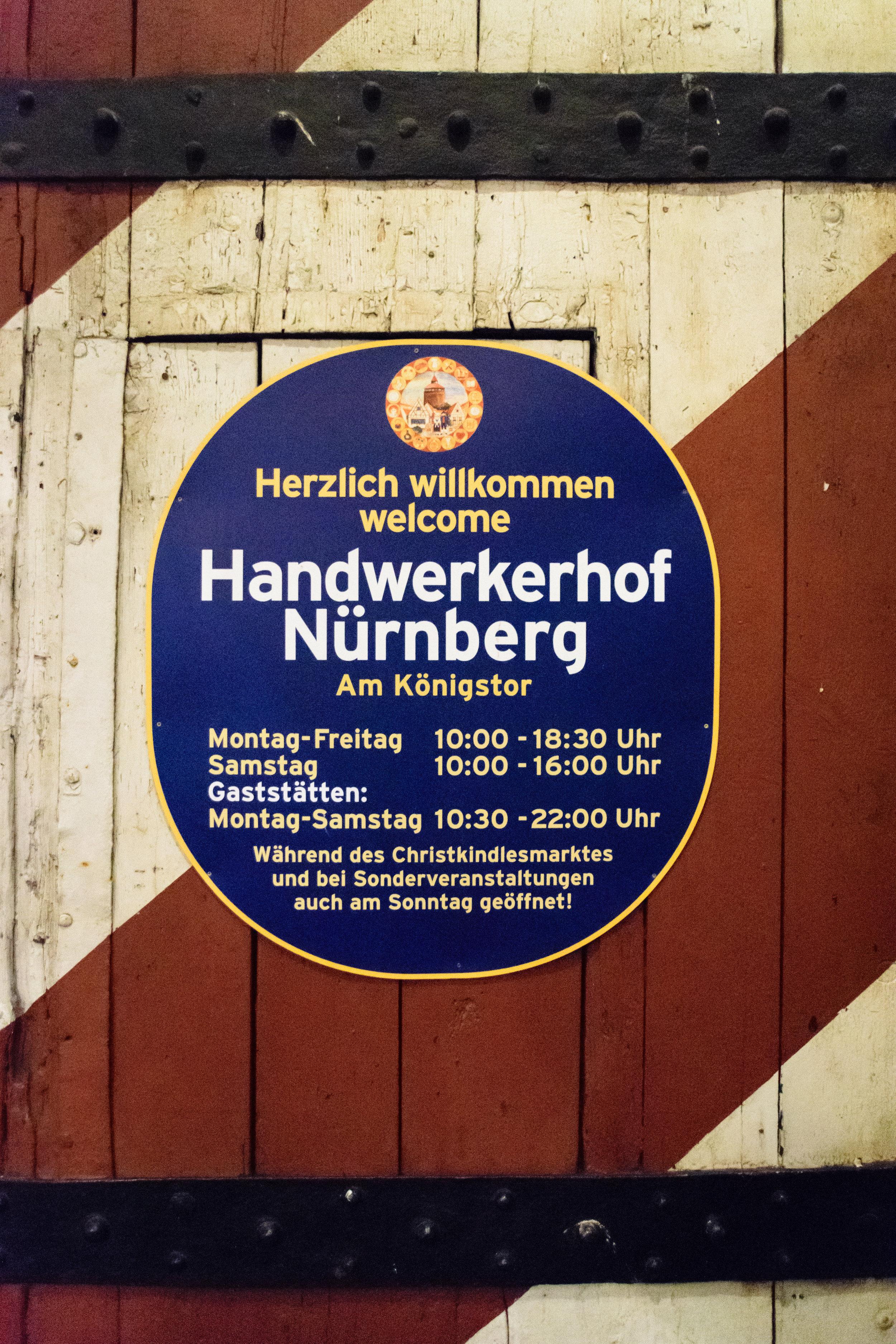 medieval shopping & traditional crafts at Handwerkerhof Nürnberg