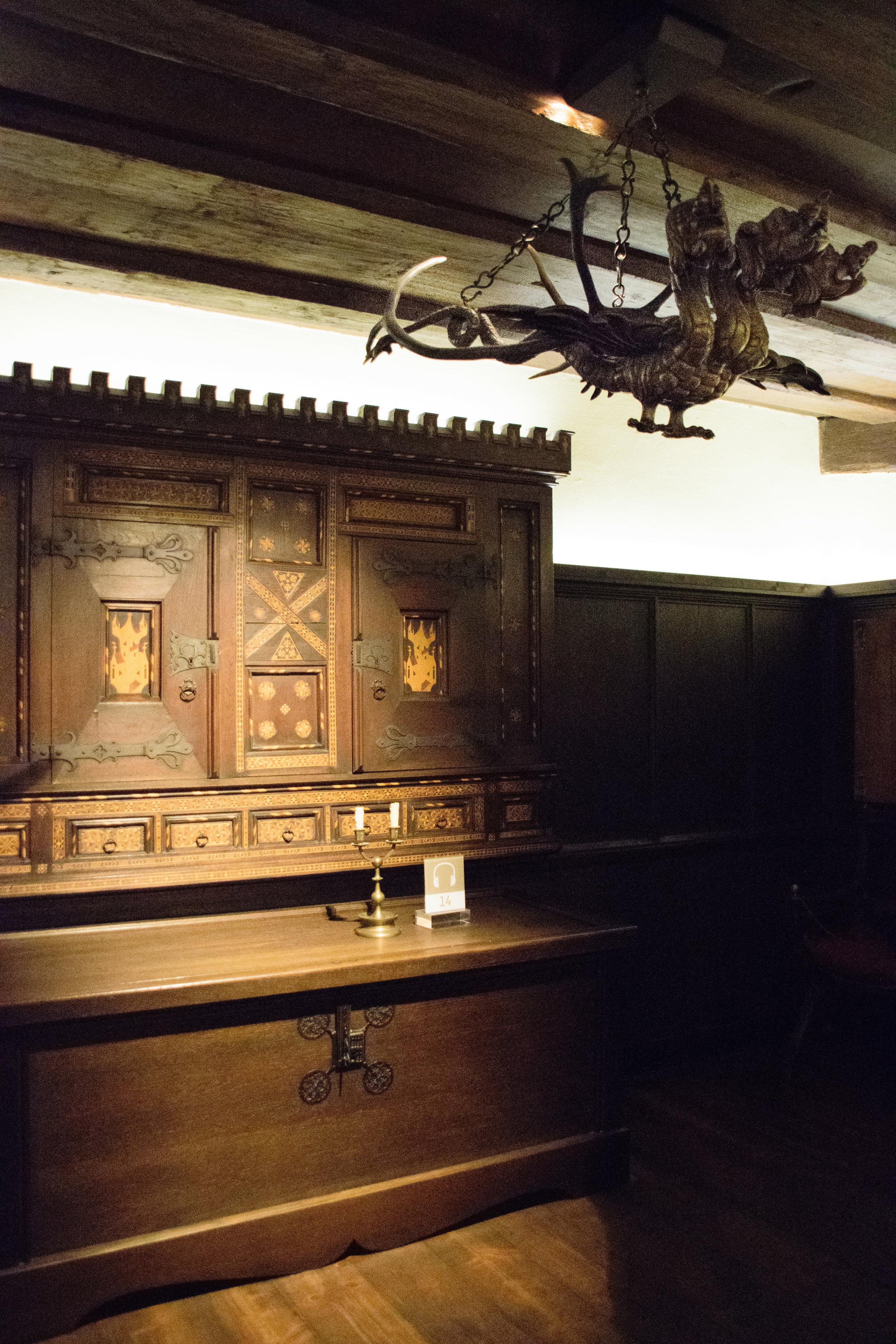 beautiful wood inlay & dragon lamp