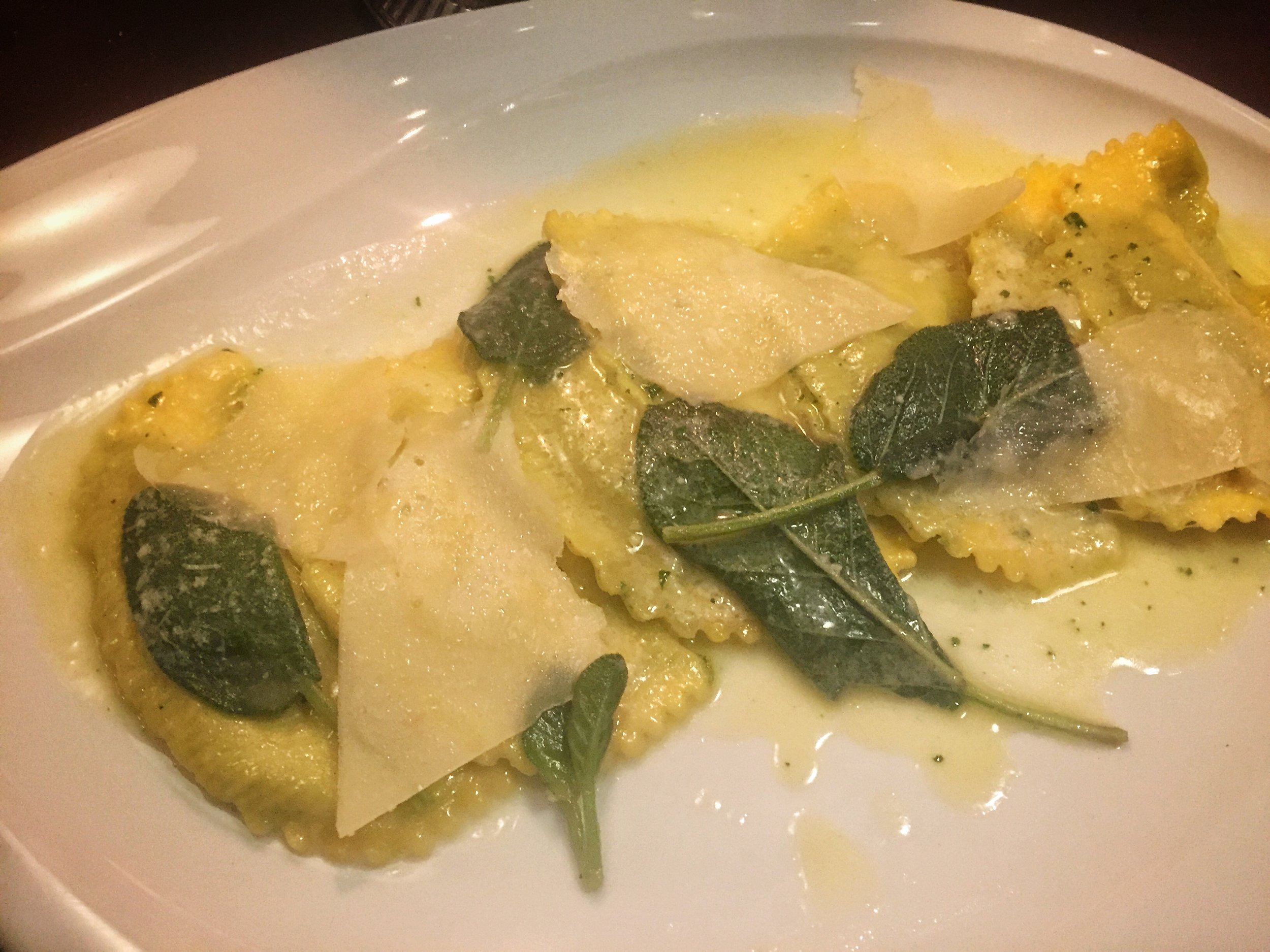 ravioli with sage butter at Louis Restaurant (Nuremberg)