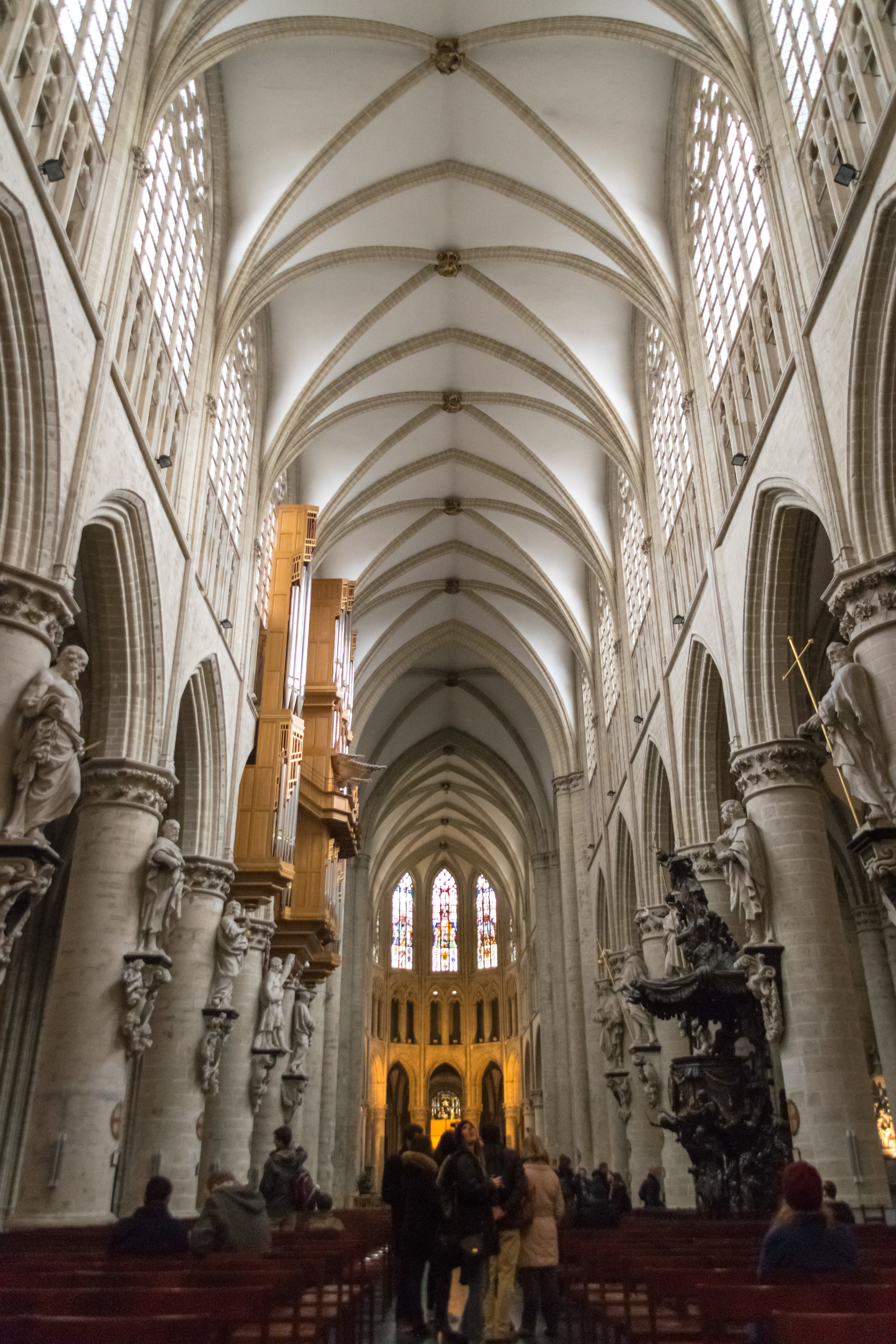 where Belgian royalty is married (the last time was 2003)