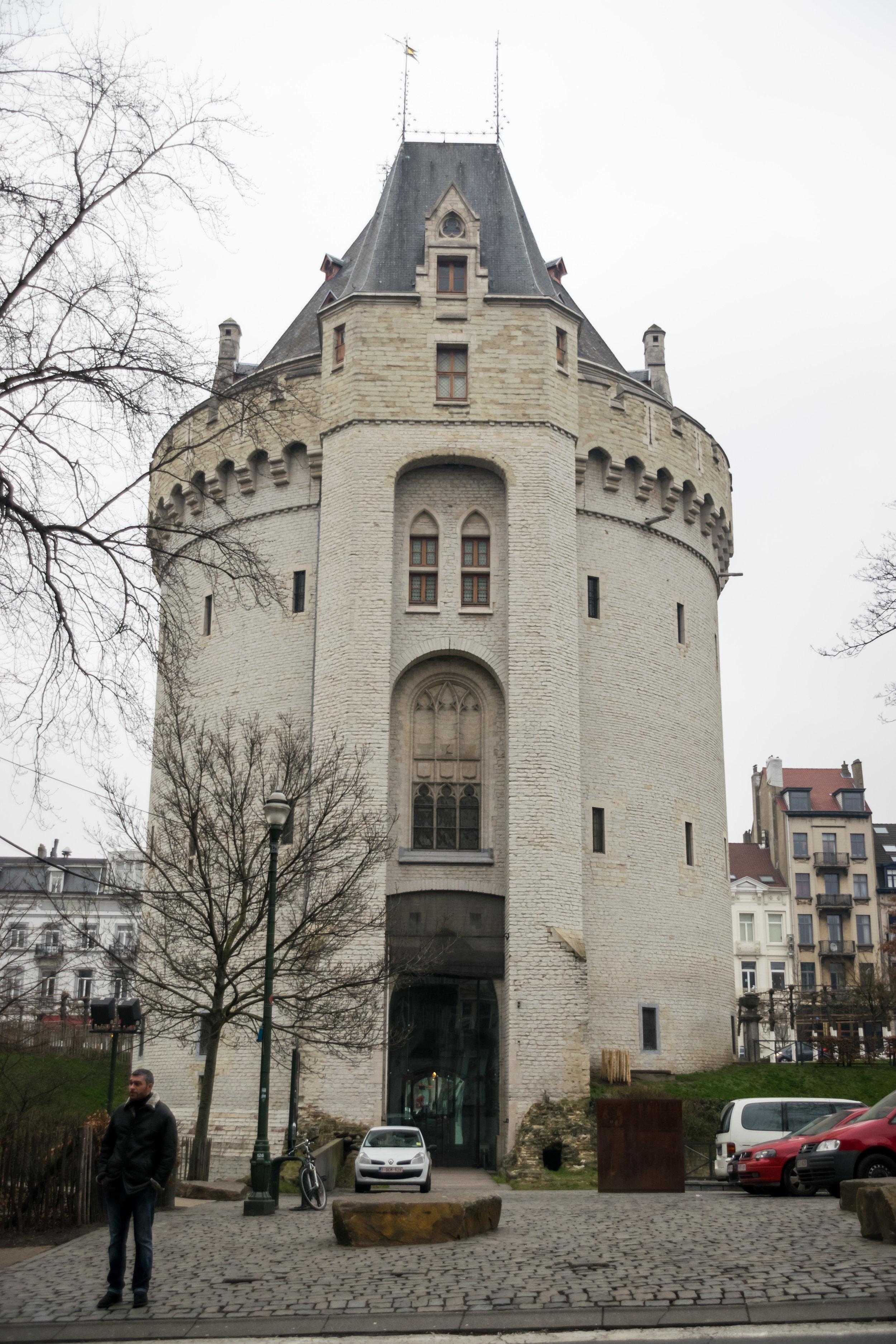 Halle Gate