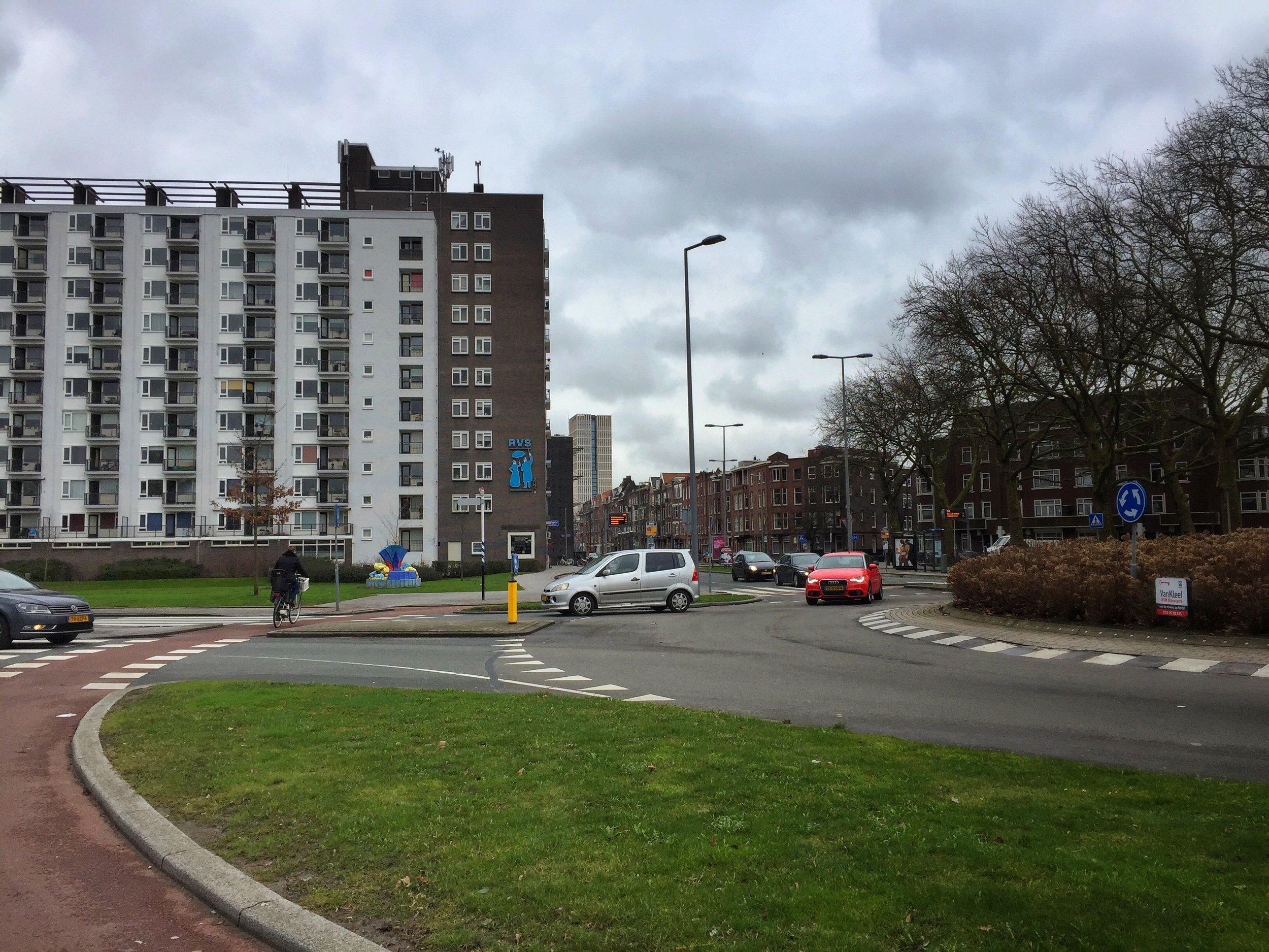 roundabout action shot