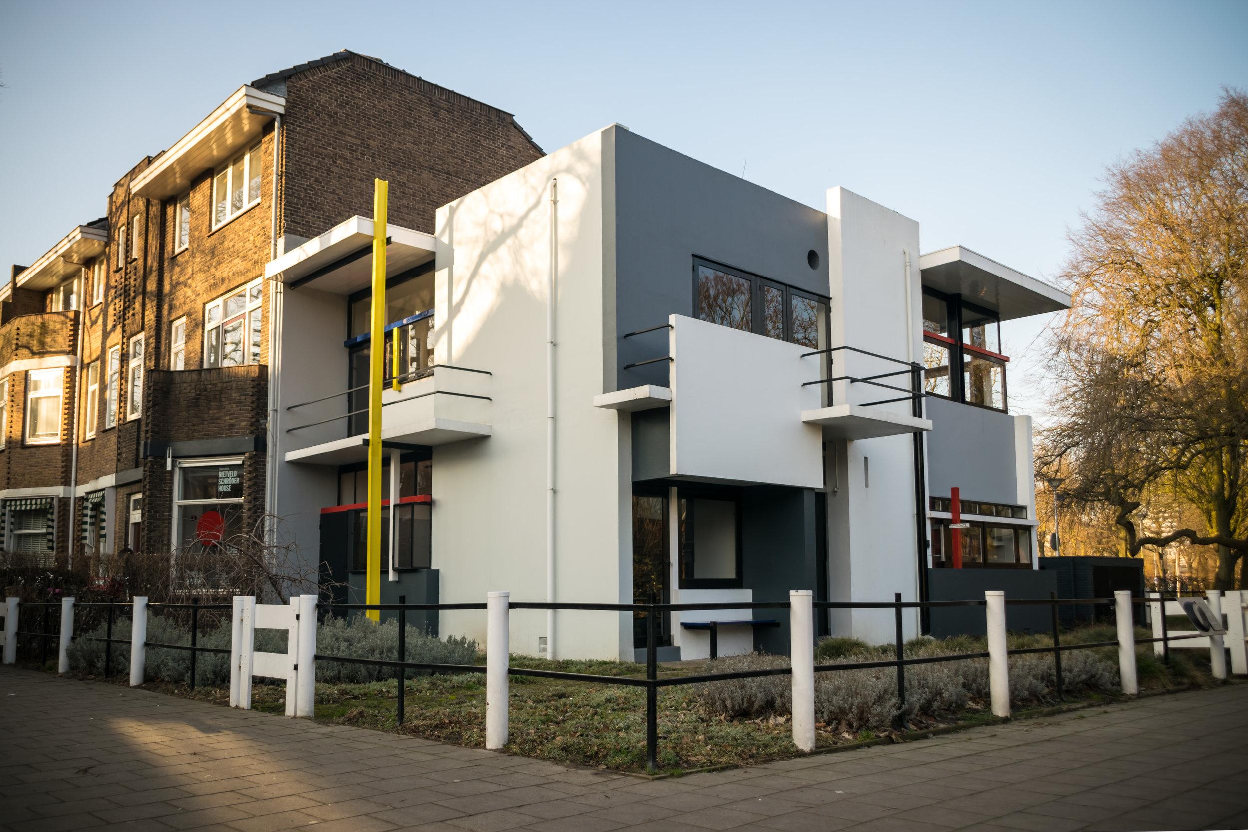 Rietveld Schröder House Utrecht-1.jpg