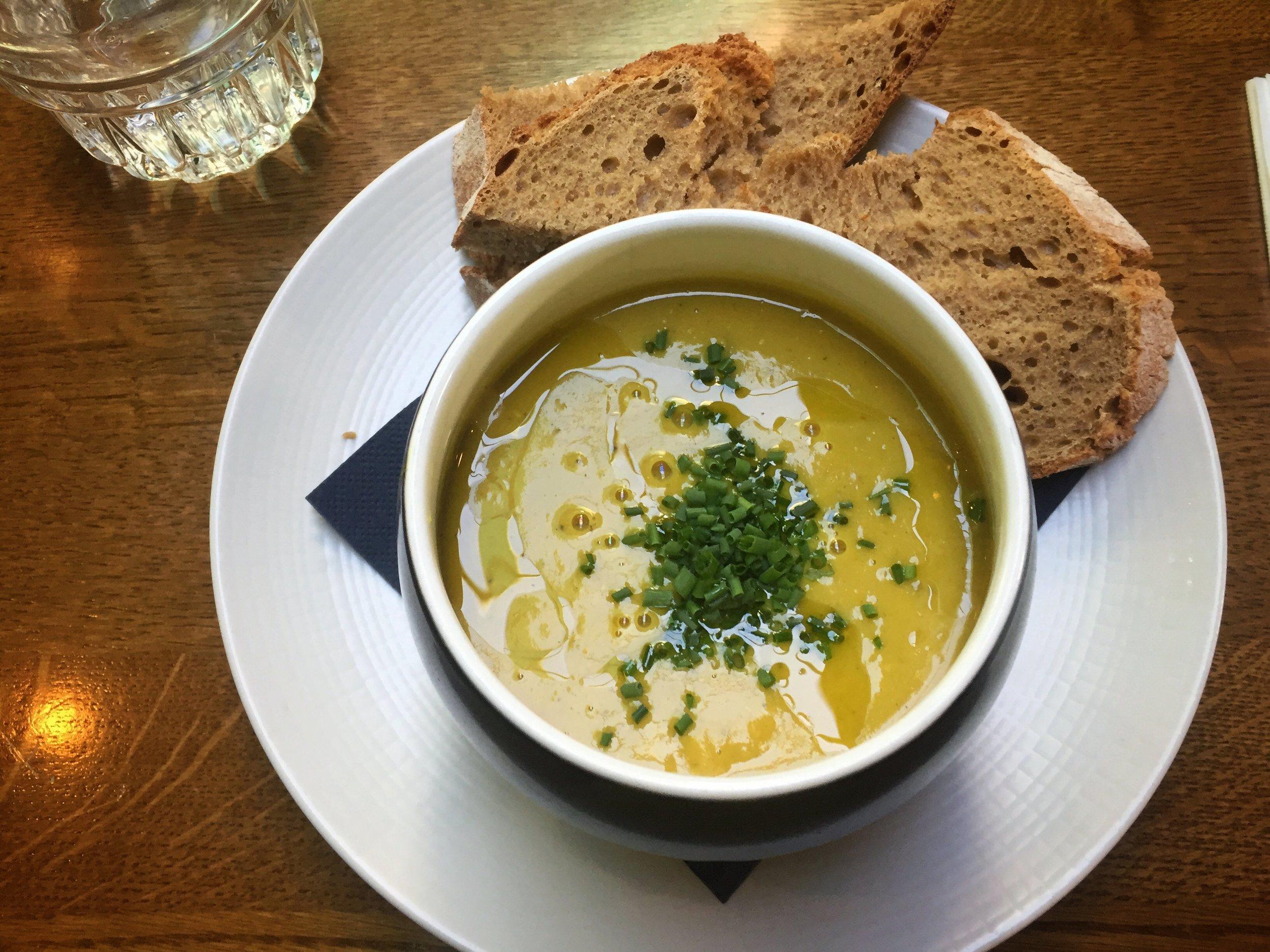 pea & lentil soup at Restaurant Luc (Utrecht)