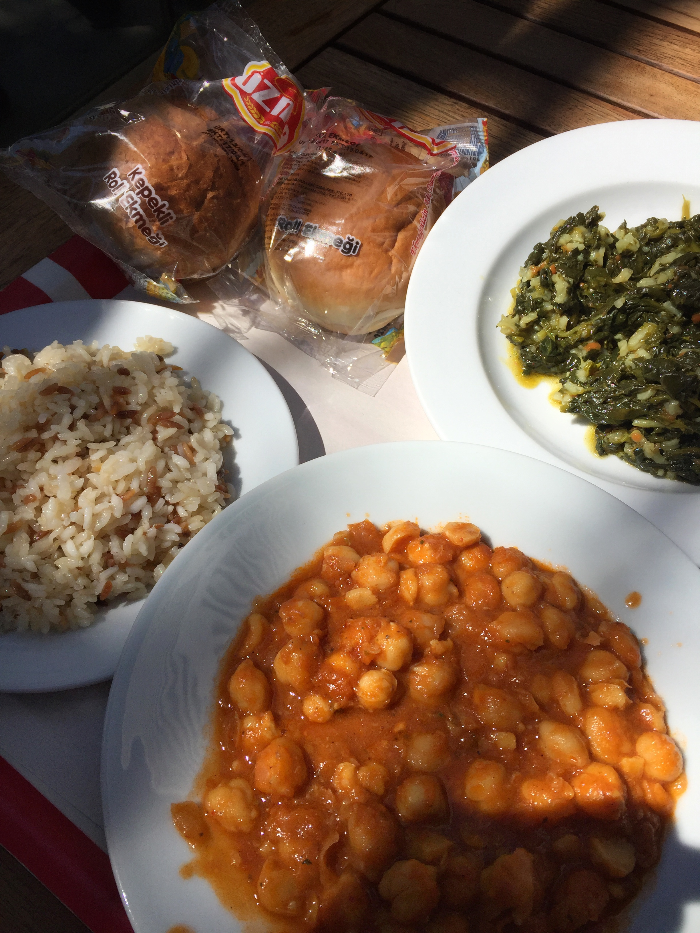 lunch of chickpeas, spinach, & rice