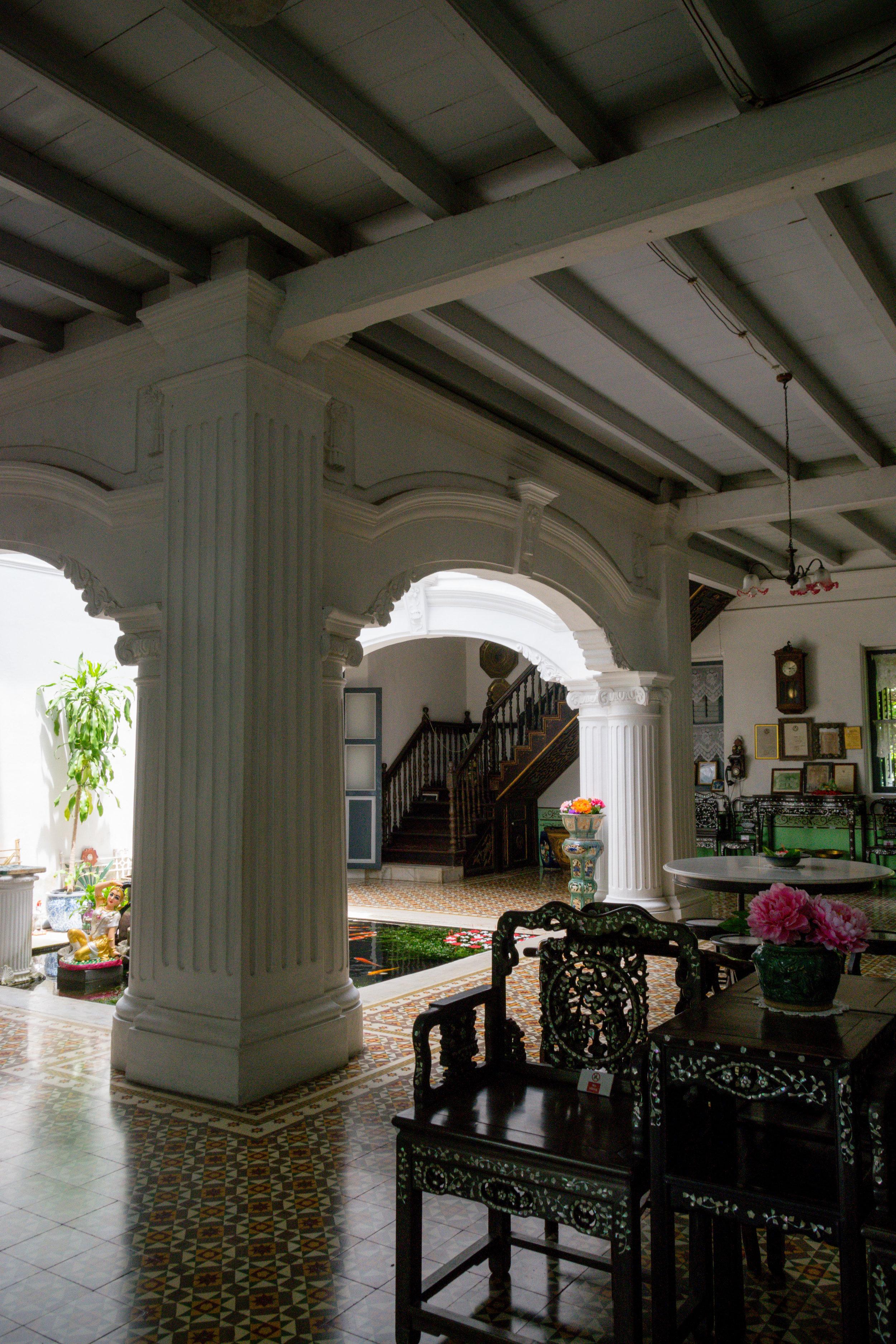 inside Baan Chinpracha