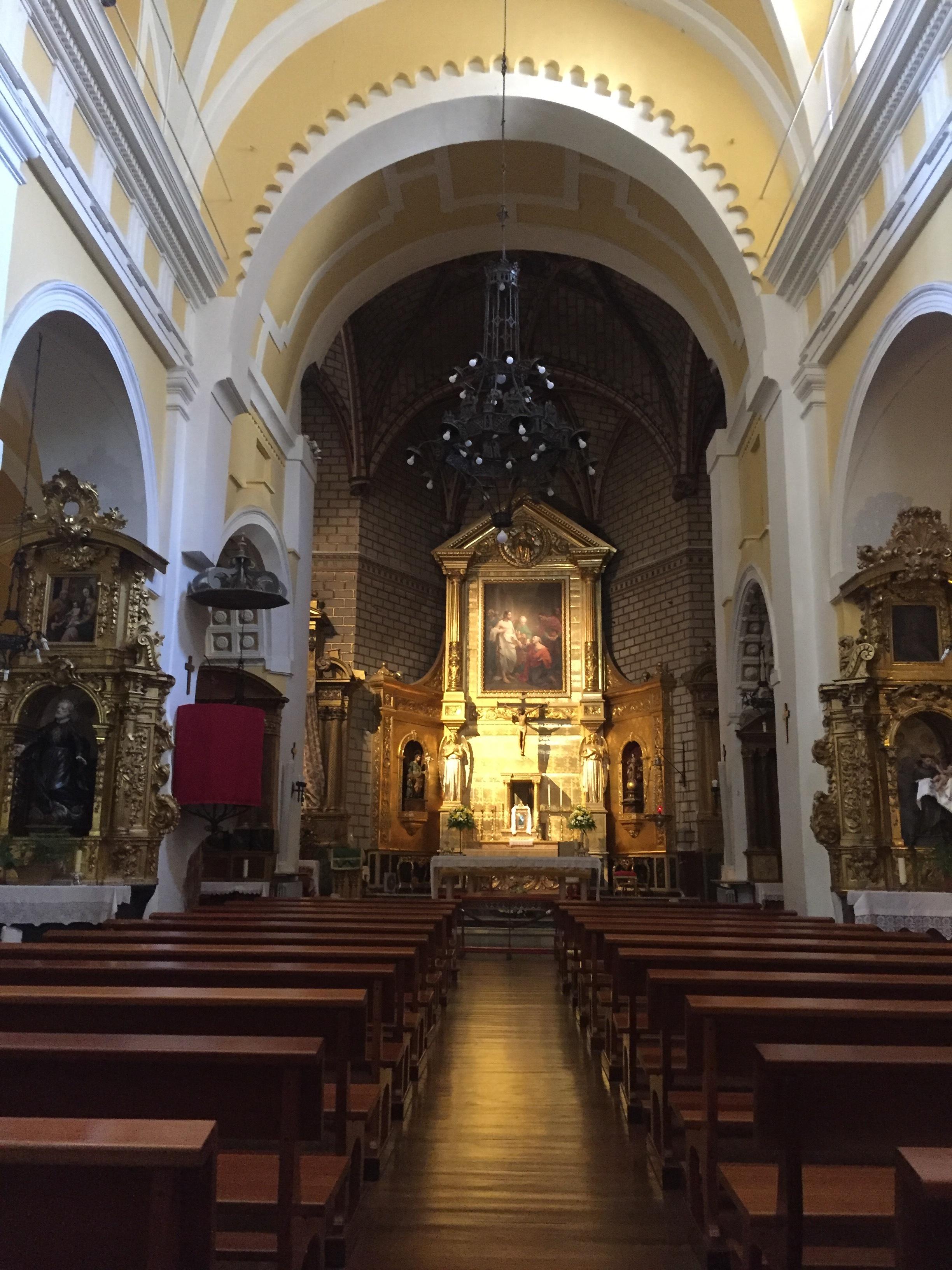 Iglesia de Santo Tomé with the El Greco painting