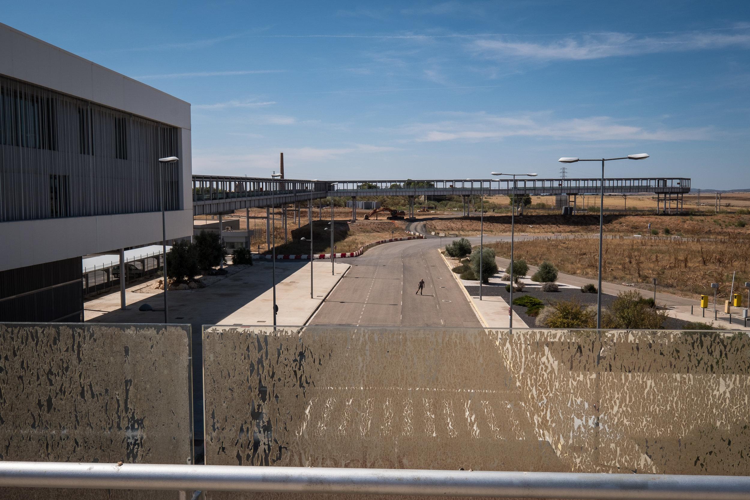 Ciudad Real airport-2-2.jpg