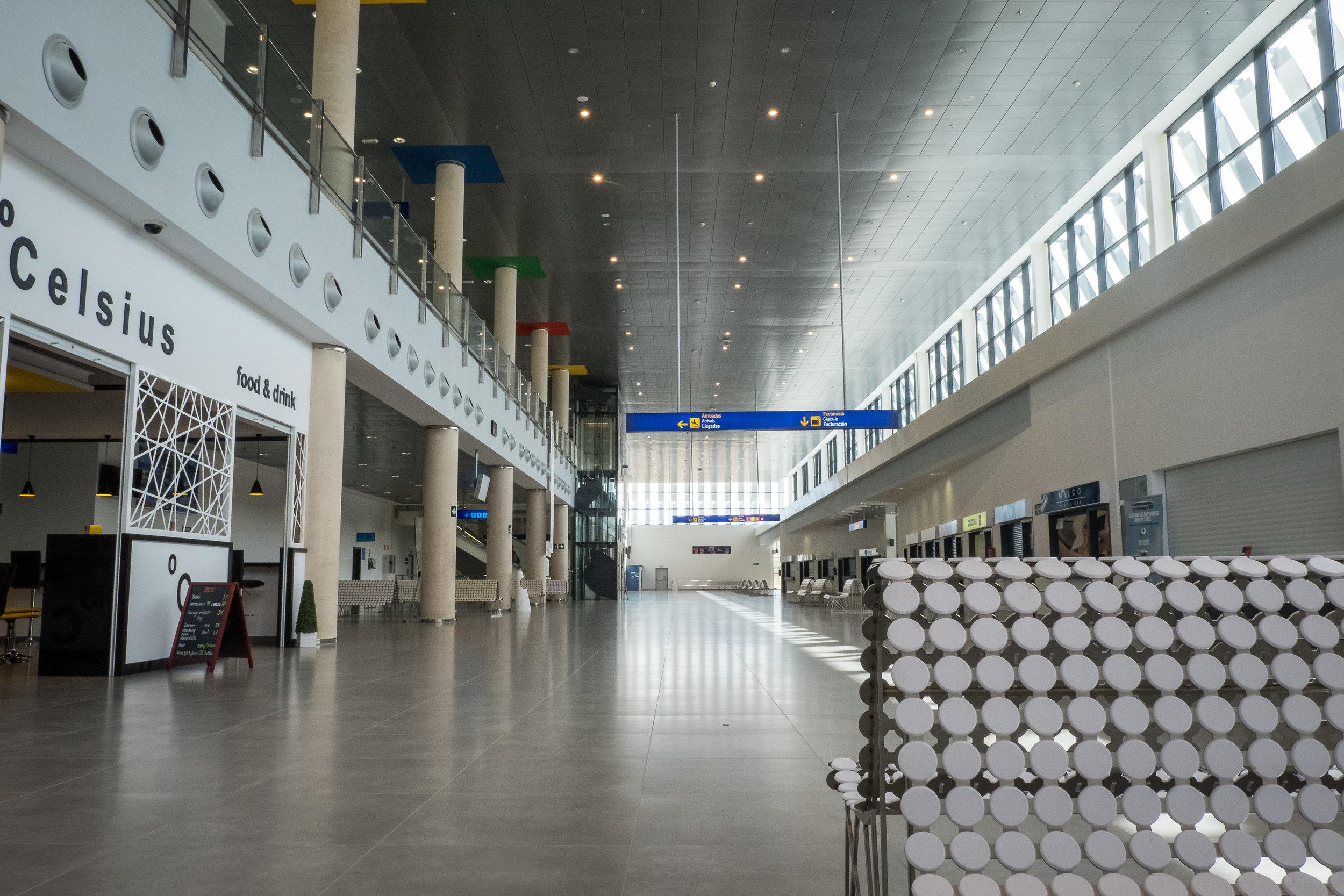 Castellón–Costa Azahar airport-7.jpg