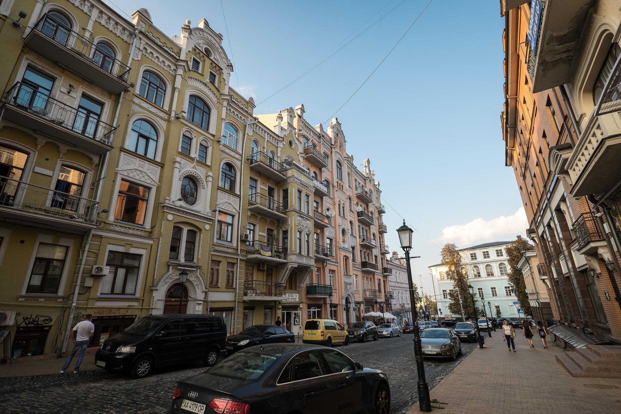 Kiev brick architecture-8.jpg