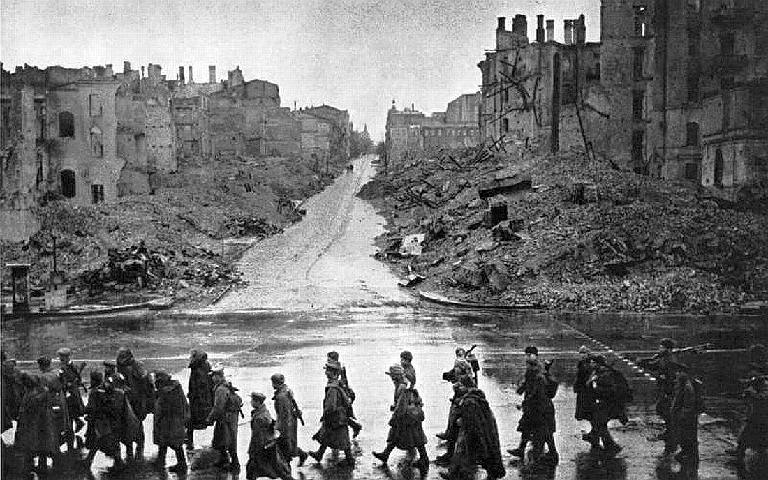 Kiev in ruins after World War II (photo credit:  Pinterest )