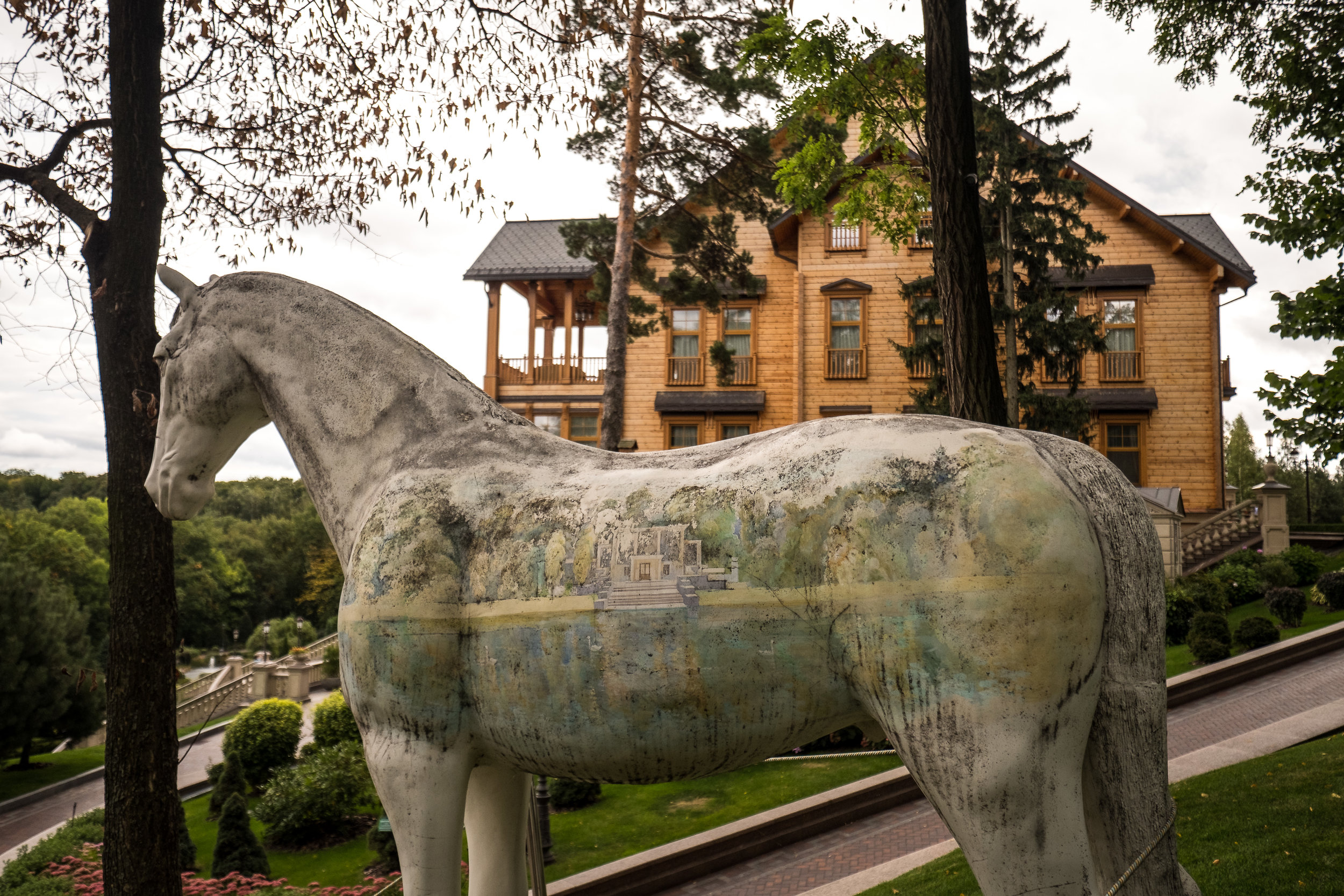 life-size horse with aerograph
