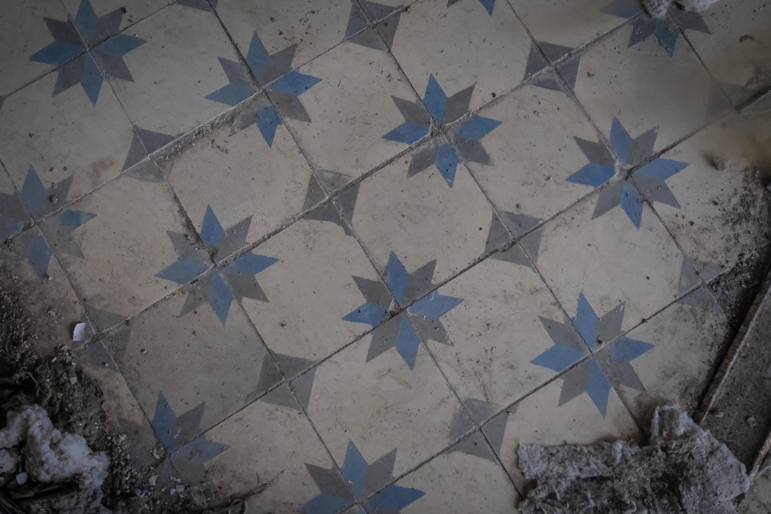 Pripyat_azure pool-4.jpg