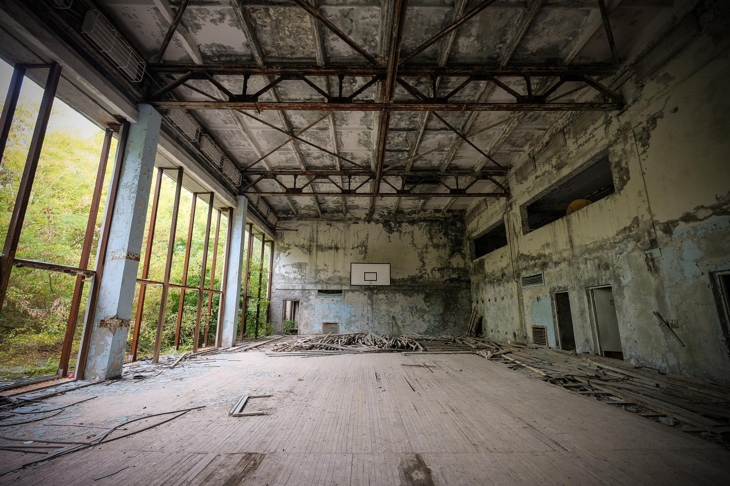 Pripyat_azure pool-6.jpg