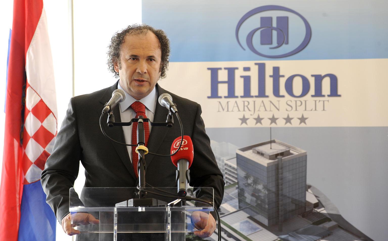 Kerum announcing a partnership with Hilton in 2009 (photo credit: zeljko.kerum.hr )
