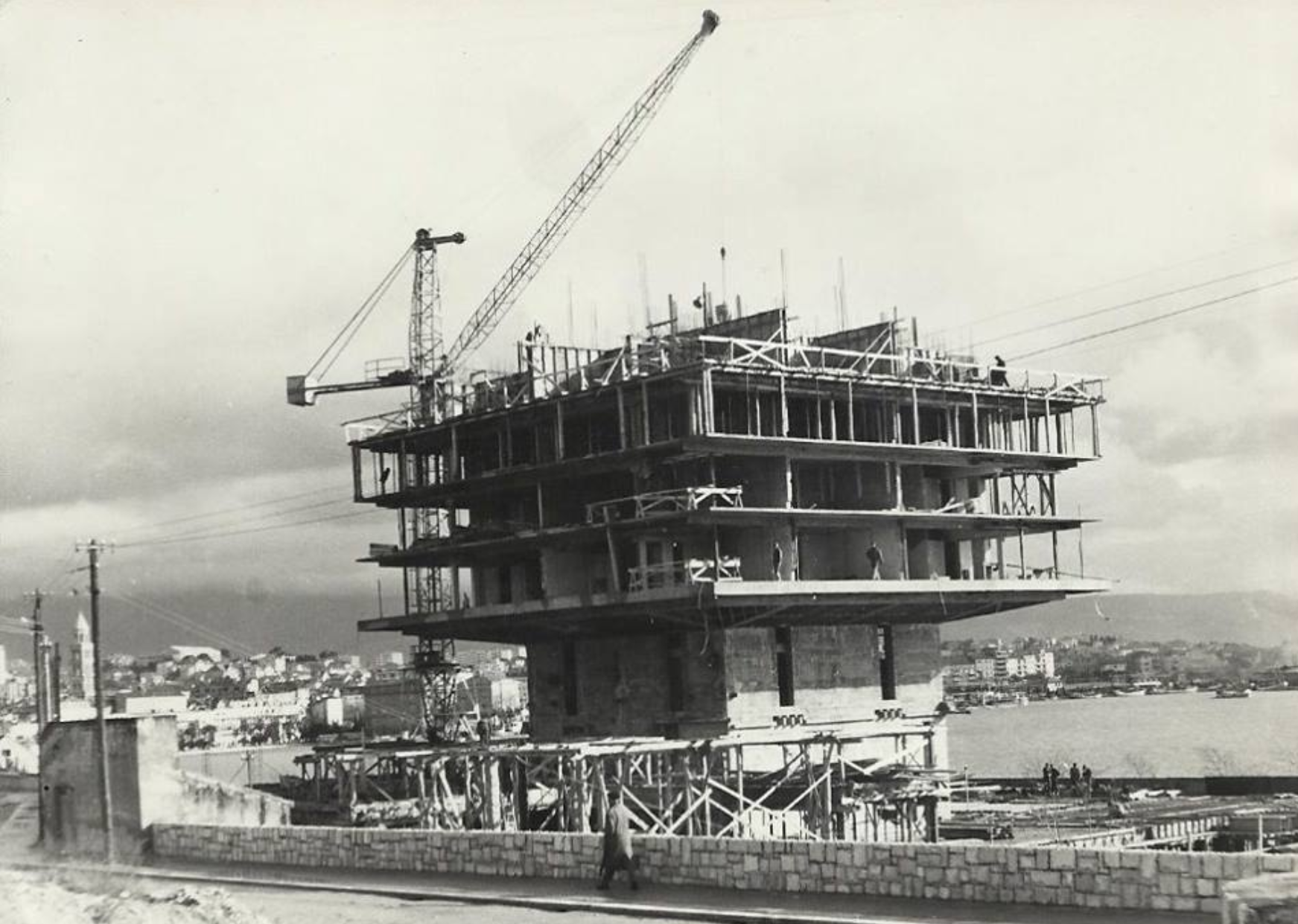 1963_construction_2.png