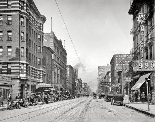 Main Street north from Gayoso Avenuecirca 1910 (photo credit:  shorpy.com )