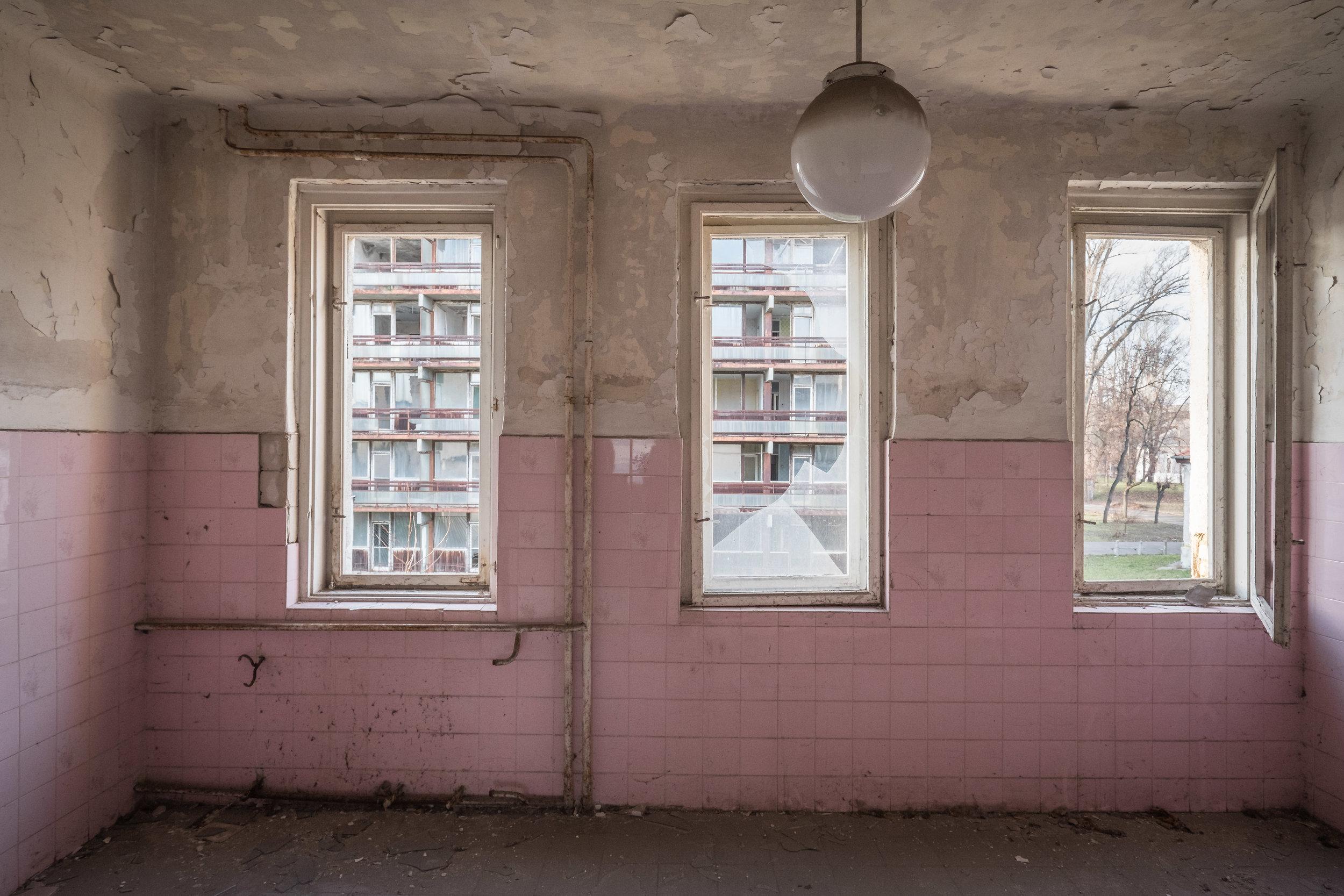 budapest hospital_2-8.jpg
