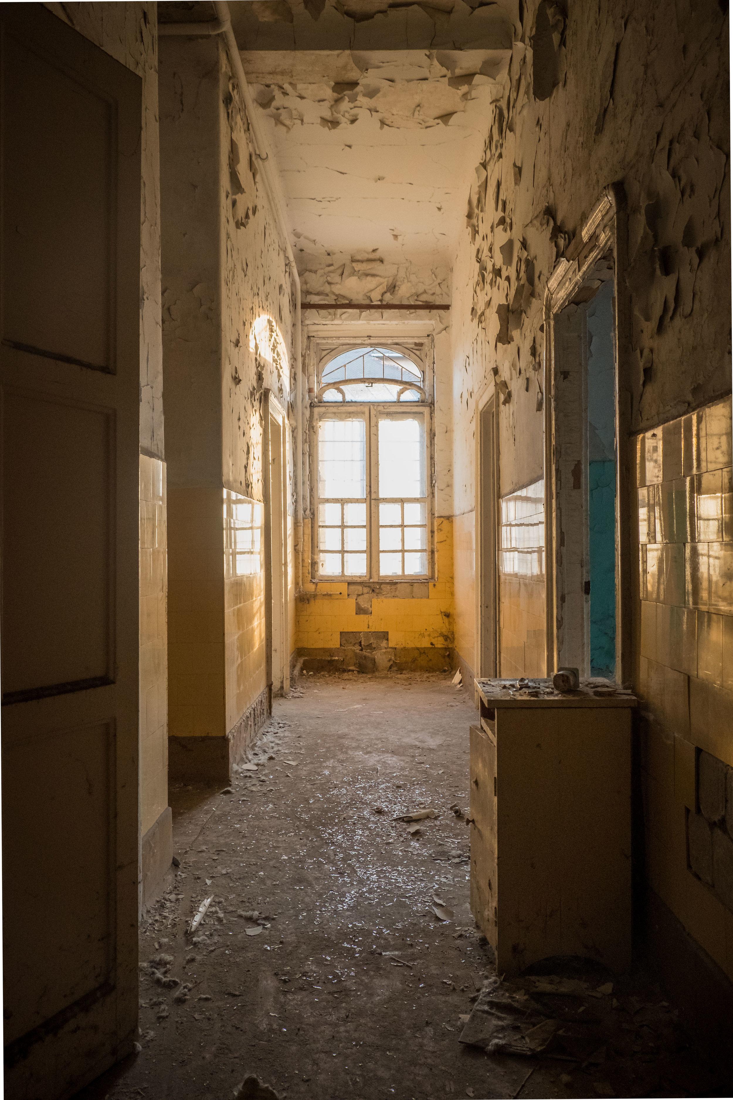 budapest hospital_3-1.jpg