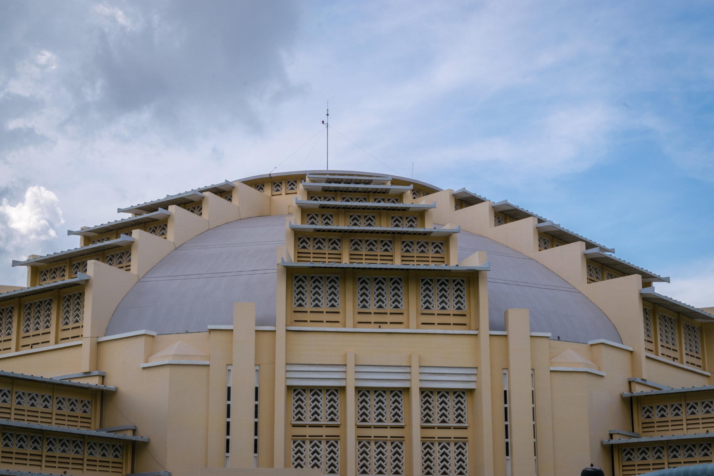 Cambodia_Phnom+Penh_central+market-1.jpg