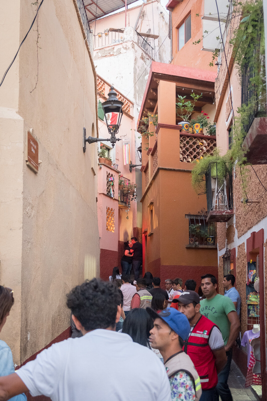 2019.10.8_Mexico_Guanajuato20_Britt first year.jpg