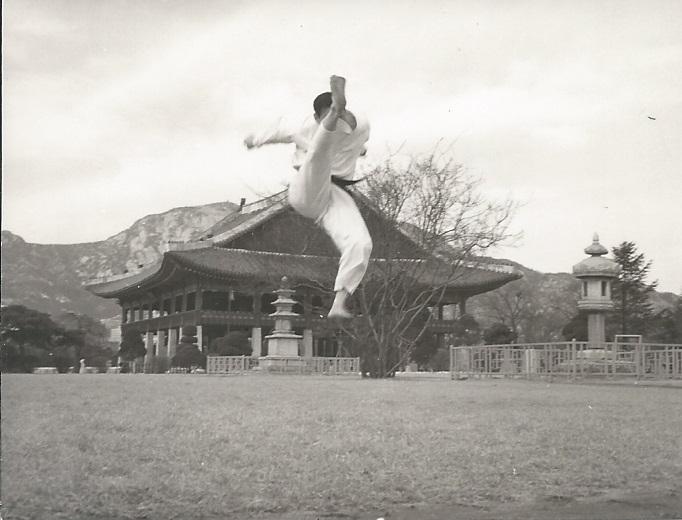 glee0002 Kukkiwon Korea 1970s.jpg