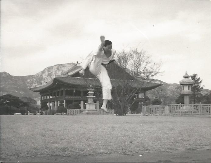 glee0004 Kukkiwon Korea 1970s.jpg