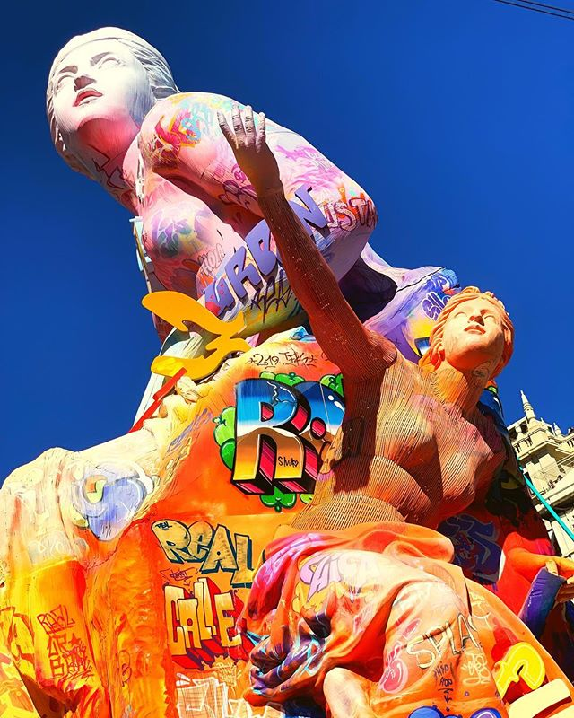 Tomorrow then burn... burn baby burn ... #falles #valencia #sculpture #colour #creativity