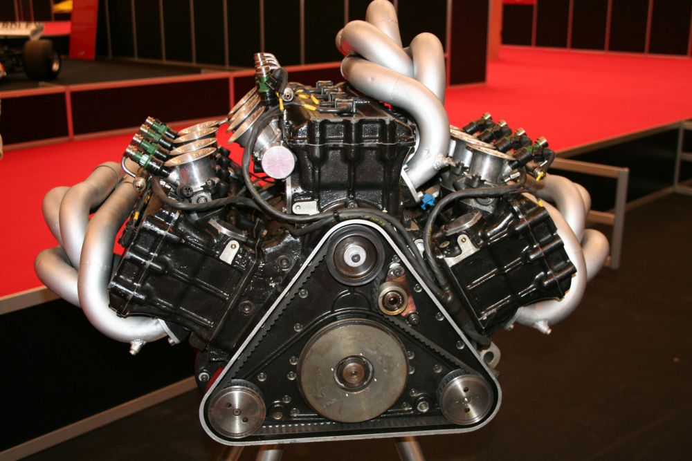 The otherworldly Franco Rocchi W12 engine.