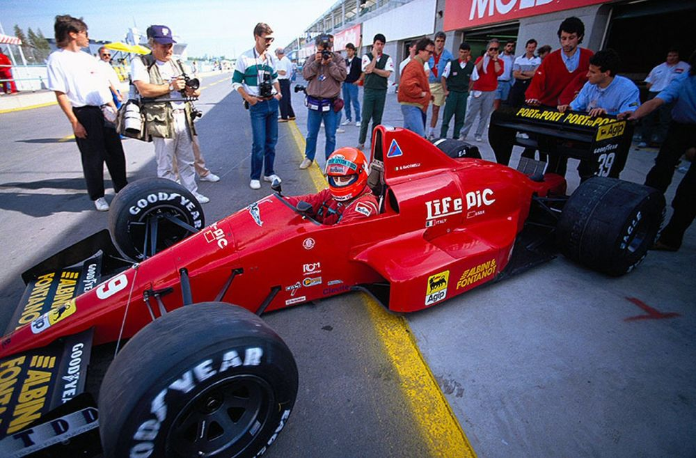 Bruno Giacomelli going out to scare himself again.